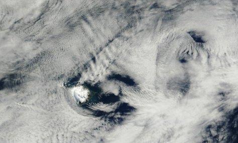 Heard Island, February 23, 2015.  Scale: 250m/pixel.  Image credit: excerpted from NASA GSFC (Aqua/MODIS).